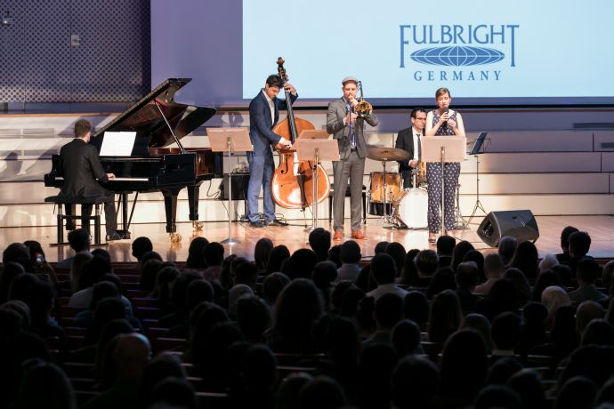 044Fulbright180319.jpg